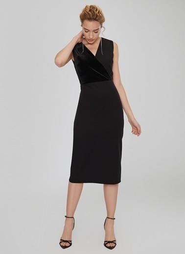 People By Fabrika Kadife Detaylı Elbise Siyah